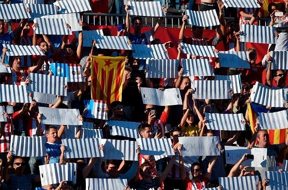 Tham hoa phong ngu khien Real om han o xu Catalan hinh anh 11