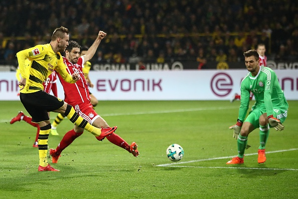 Tiep mach thang hoa, Bayern nhan chim Dortmund tren san khach hinh anh 7