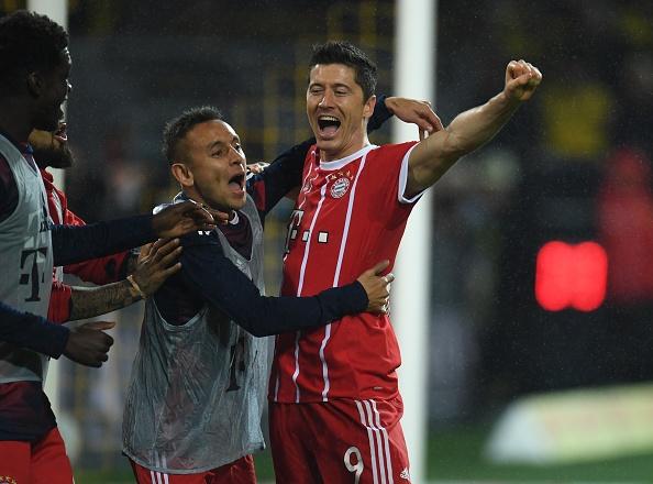 Tiep mach thang hoa, Bayern nhan chim Dortmund tren san khach hinh anh 13