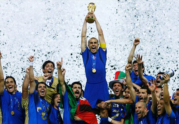Doi hinh Italy vo dich World Cup 2006 gio ra sao? hinh anh