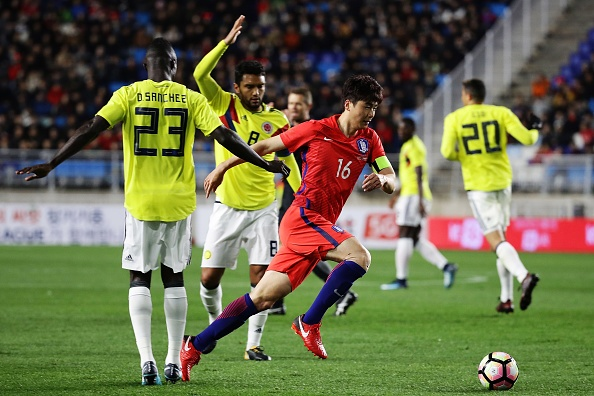 Sao Tottenham lap cu dup giup Han Quoc danh bai Colombia hinh anh 2