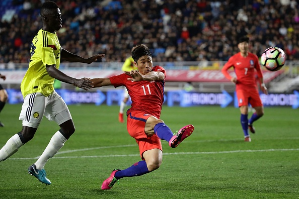 Sao Tottenham lap cu dup giup Han Quoc danh bai Colombia hinh anh 8