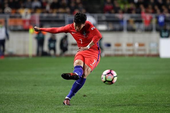 Sao Tottenham lap cu dup giup Han Quoc danh bai Colombia hinh anh 6