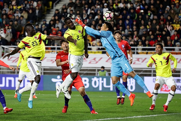 Sao Tottenham lap cu dup giup Han Quoc danh bai Colombia hinh anh 7