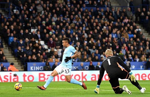 Leicester 0-2 Man City: De Bruyne sut xa dang cap hinh anh 15