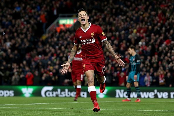 Salah thang hoa, Liverpool ap sat top 4 hinh anh 8