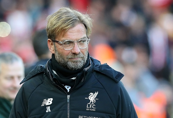 Salah thang hoa, Liverpool ap sat top 4 hinh anh 9