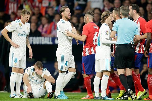 Cam chan nhau o derby, thanh Madrid bi Barca bo cach 10 diem hinh anh 3