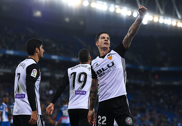 Thang tran thu 8 lien tiep, 'ngua o' Valencia bo xa Real 6 diem hinh anh 8