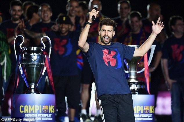 Barcelona thong tri doi hinh vi dai nhat the ky 21 cua UEFA hinh anh 4