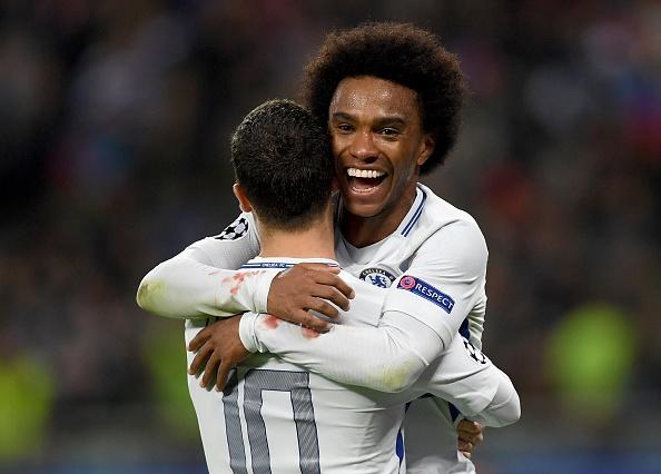 Ronaldo linh xuong doi hinh hay nhat luot 5 vong bang cup chau Au hinh anh 8