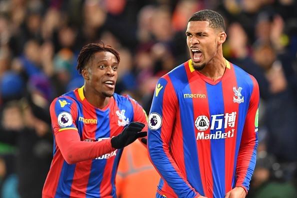 Sakho ghi ban thang vang dua Crystal Palace tro ve tu coi chet hinh anh