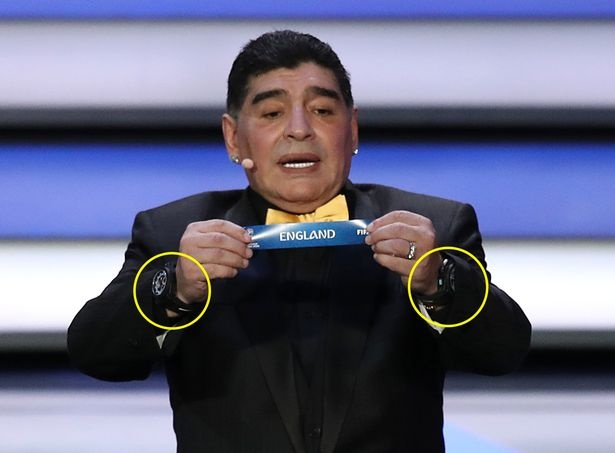Maradona luon deo 2 dong ho trong cac su kien anh 2