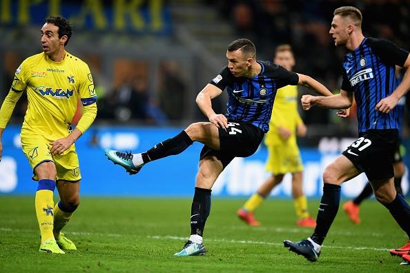 Muc tieu cua MU lap hat-trick dua Inter len ngoi dau Serie A hinh anh 8