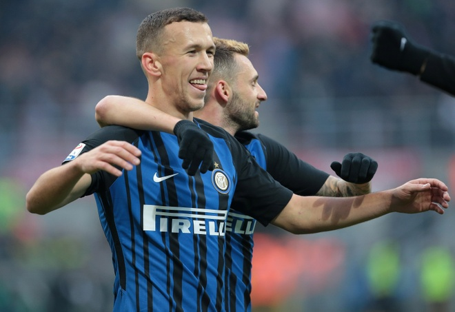 Muc tieu cua MU lap hat-trick dua Inter len ngoi dau Serie A hinh anh 2