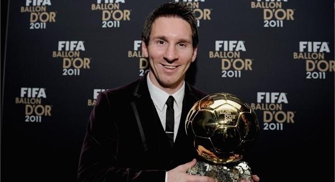 thong tri Qua bong vang cua Ronaldo,  Messi anh 4