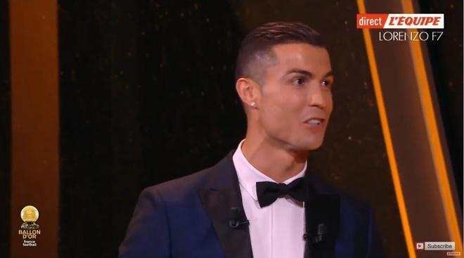 Ronaldo gianh Qua bong vang thu 5, can bang ky luc cua Messi hinh anh 54