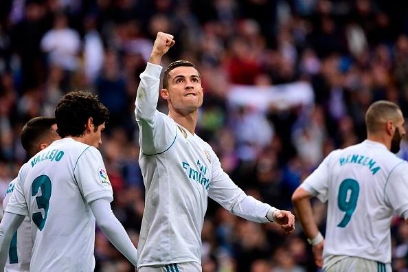 Ronaldo khoe Qua bong vang thu 5 truoc dai chien Sevilla hinh anh 7