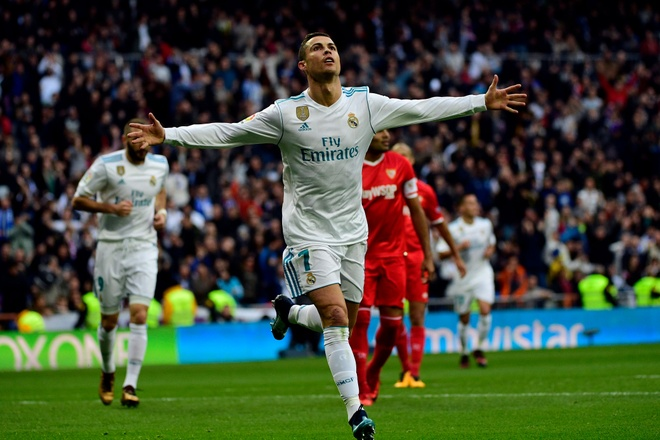 Ronaldo khoe Qua bong vang thu 5 truoc dai chien Sevilla hinh anh 5