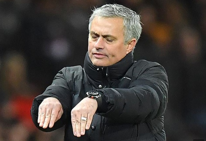 Mourinho lo ngai Man City an va trong derby hinh anh 1