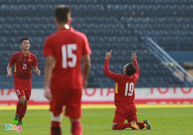 U23 Viet Nam 4-0 U23 Myanmar: Quang Hai lap cu dup dang cap hinh anh 1