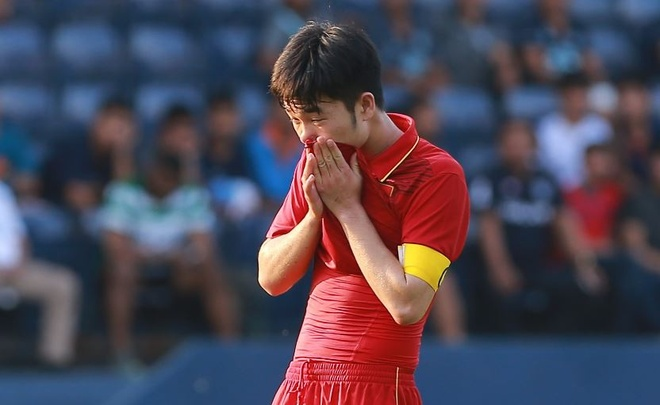 U23 Viet Nam 1-2 U23 Uzbekistan: Vuot ve vao chung ket hinh anh