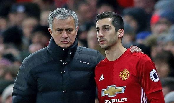 Mourinho xin loi Mkhitaryan vi quyet dinh thay nguoi dot ngot hinh anh