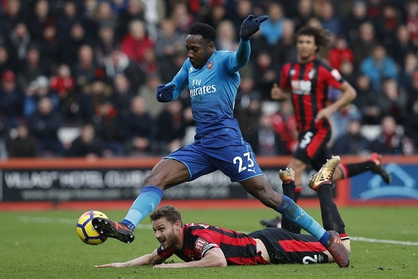 Vang Sanchez, Oezil, Arsenal thua nguoc Bournemouth 1-2 hinh anh 18