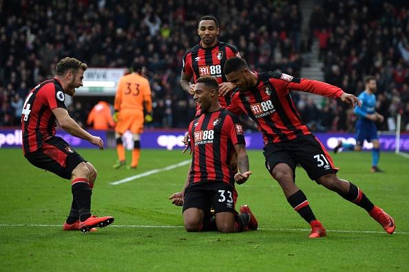 Vang Sanchez, Oezil, Arsenal thua nguoc Bournemouth 1-2 hinh anh 26