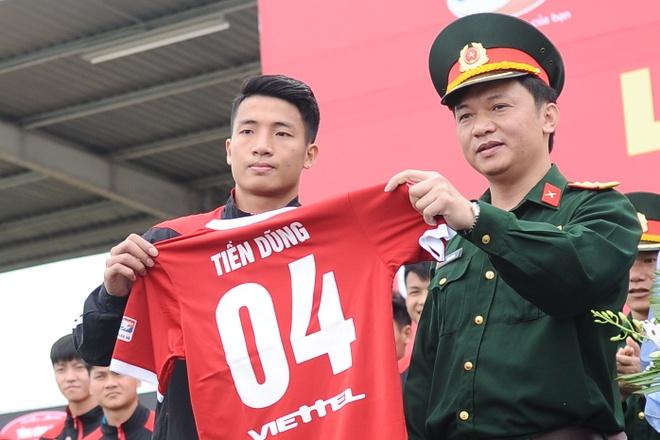 Tap doan Viettel tang 1 ty dong cho U23 Viet Nam hinh anh 1