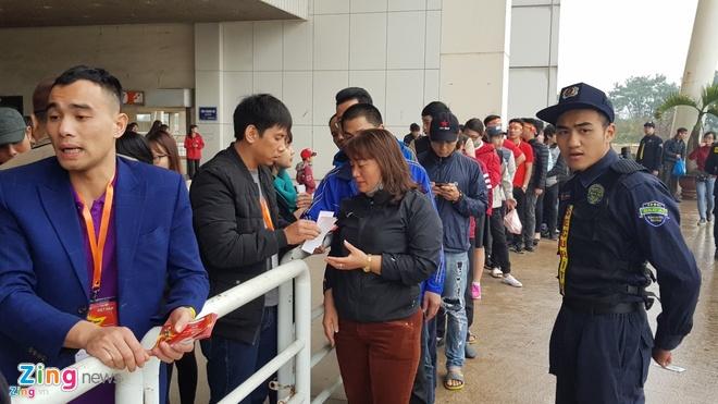 Chung ket U23 chau A: CDV Viet Nam soi dong truoc gio 'G' hinh anh 17