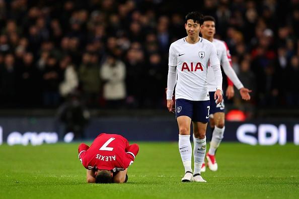 Sanchez da chinh, MU tham bai 0-2 tren san Tottenham hinh anh 6