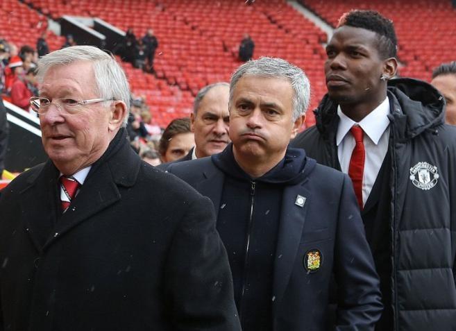 Mourinho, Pogba theo chan Sir Alex du le tuong niem tham hoa Munich hinh anh