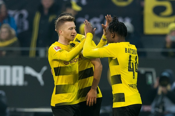 Batshuayi lai no sung, Dortmund tro lai nhom du Champions League hinh anh