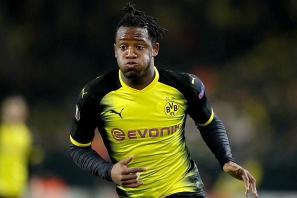 Batshuayi thang hoa, Dortmund gianh loi the o cup chau Au hinh anh
