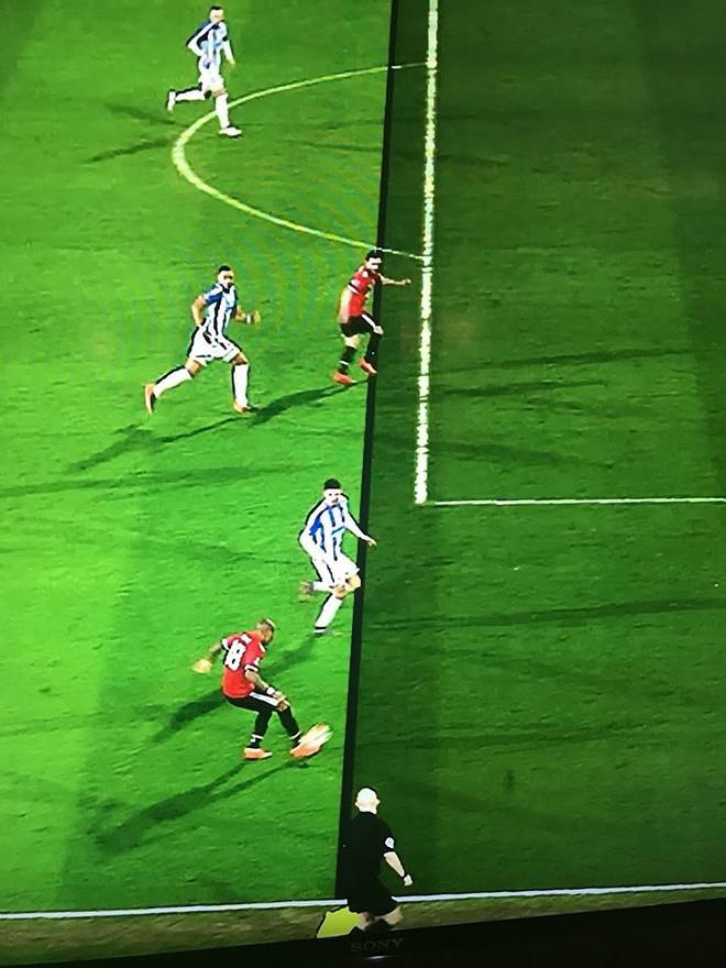 VAR tuoc ban thang cua Man Utd anh 4