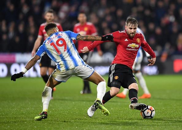 Cham diem Huddersfield 0-2 MU: Lukaku, Sanchez gay an tuong manh hinh anh 5