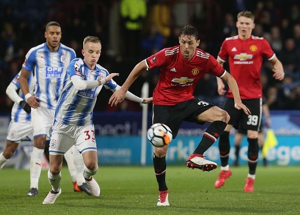 Cham diem Huddersfield 0-2 MU: Lukaku, Sanchez gay an tuong manh hinh anh 8