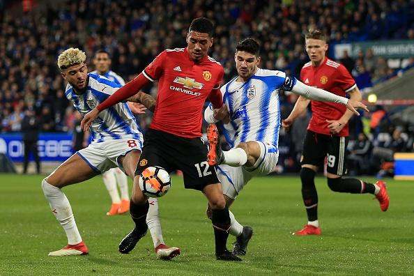 Cham diem Huddersfield 0-2 MU: Lukaku, Sanchez gay an tuong manh hinh anh 3