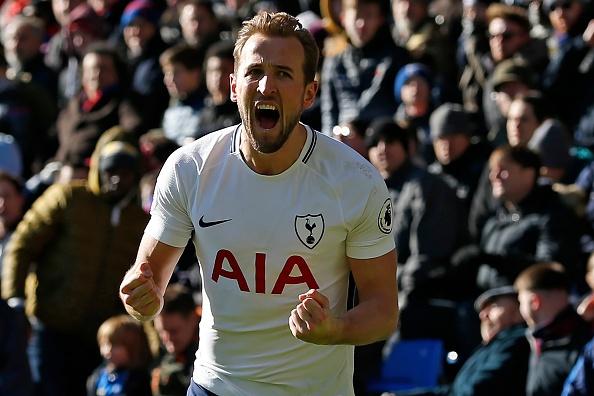 Harry Kane toa sang dua Tottenham tro lai top 4 hinh anh
