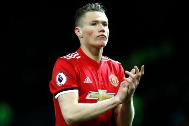 Scott McTominay - sao tre khien Mourinho tro mat Pogba la ai? hinh anh