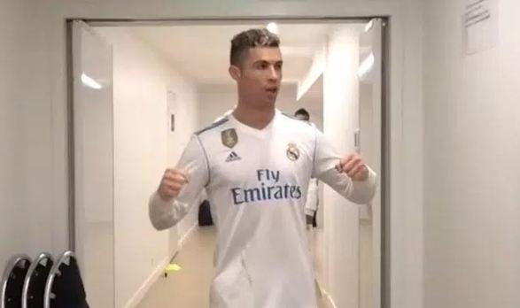 Ronaldo an mung phan khich sau tran thang PSG hinh anh