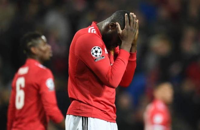 Sieu du bi lap cu dup, Sevilla tien MU roi Champions League hinh anh