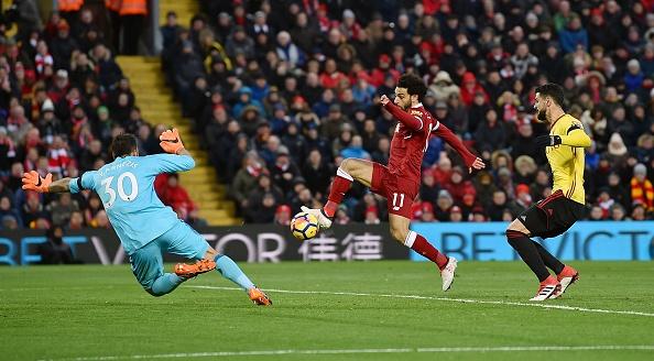 Lap poker vao luoi Watford, Salah ghi danh lich su Premier League hinh anh 4