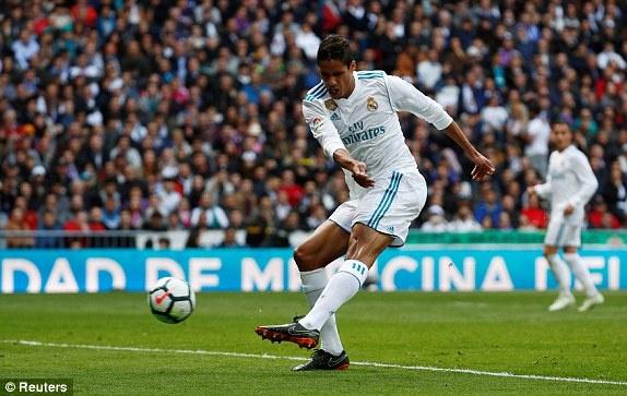 Real 1-1 Atletico: Ronaldo goi, Griezmann tra loi hinh anh 13