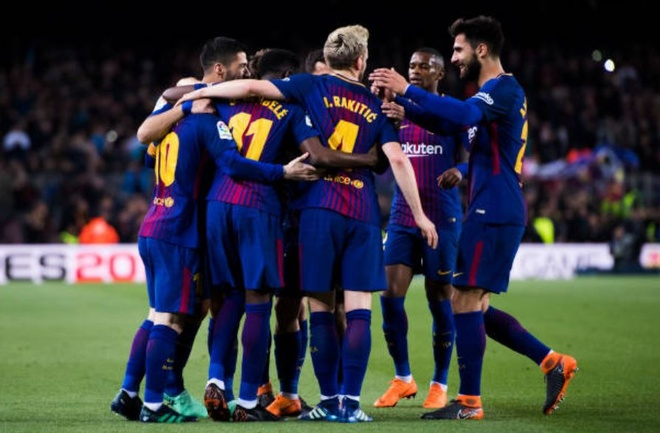 Messi ghi hat-trick, Barca lap ky luc bat bai o La Liga hinh anh 11