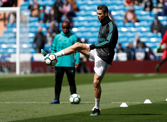 Real 1-1 Atletico: Ronaldo goi, Griezmann tra loi hinh anh 7