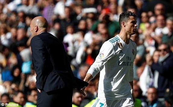 Real 1-1 Atletico: Ronaldo goi, Griezmann tra loi hinh anh 23