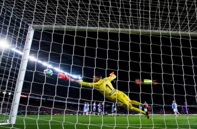 Messi ghi hat-trick, Barca lap ky luc bat bai o La Liga hinh anh 5