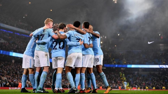 Man City co the vo dich Ngoai hang Anh voi them 7 ky luc hinh anh 1